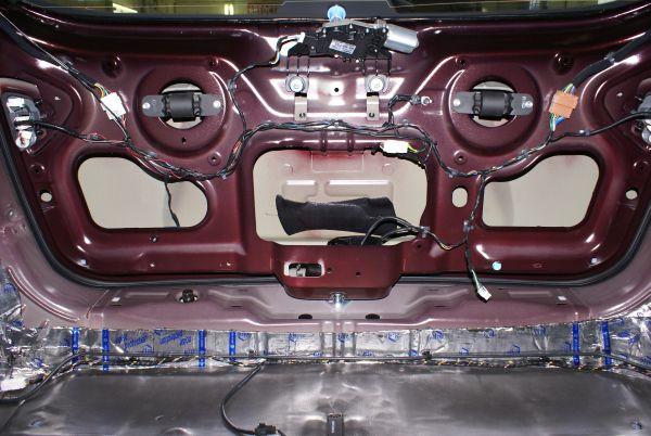 Установка шумоизоляции на Hyundai ix55